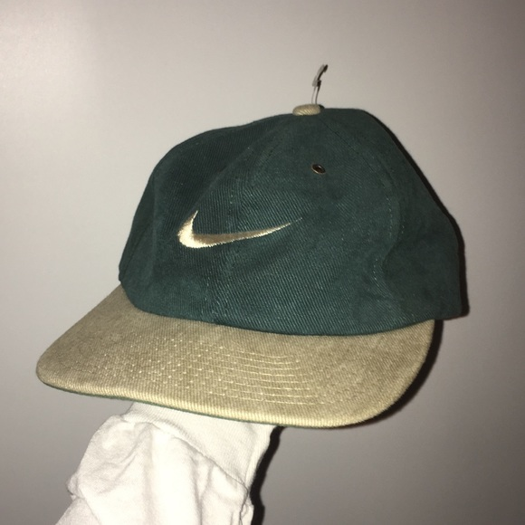 free shipping 539b3 c7e14 Nike Vintage Baseball Cap